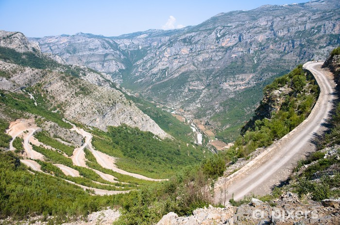 Naklejka Pixerstick Winding Road w górach Albanii - Europa