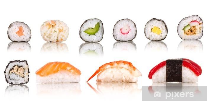 Fototapeta winylowa Kolekcja sushi kawałki, na białym tle - Sushi