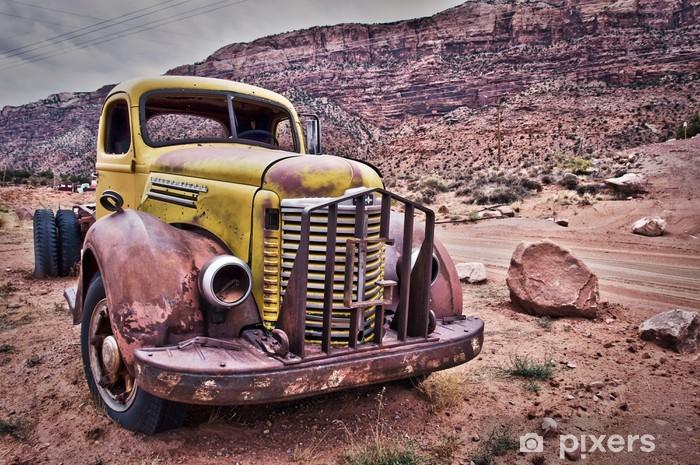 Pixerstick Sticker Camion vintage Rouillé - Montana, Verenigde Staten - Natuur