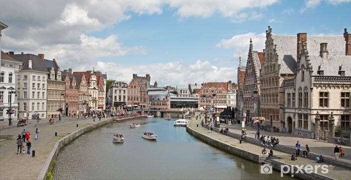 Vinyl Fotobehang Gent - Typisch paleizen uit Korenlei en Graselei straat - Europa