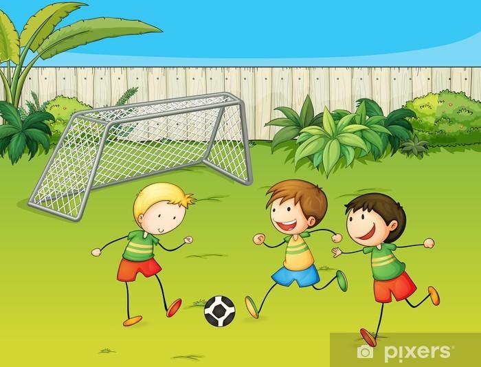 16ba69ff Fototapet Barn spiller fotball på fotballbane • Pixers® - Vi lever ...