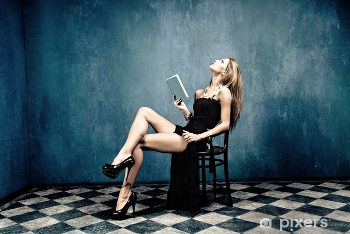 Fototapeta winylowa Kobieta i książka - Tematy