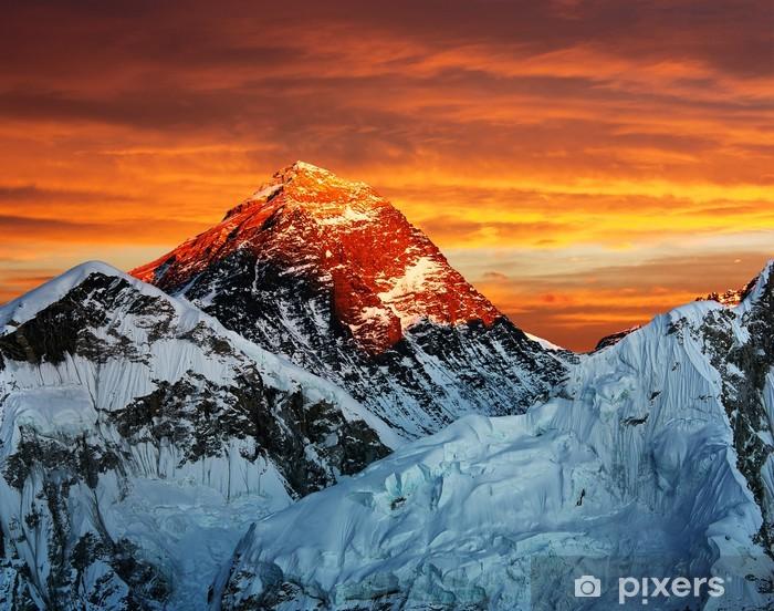 Fototapeta winylowa Wieczorem kolorowe widok Everest z Kala Patthar - Tematy