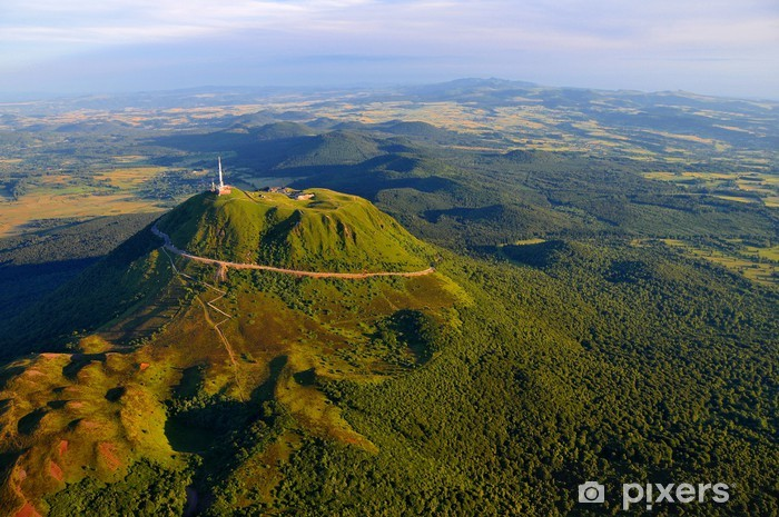 Naklejka Pixerstick Puy de Dome i Park Wulkanów Owernii - Góry