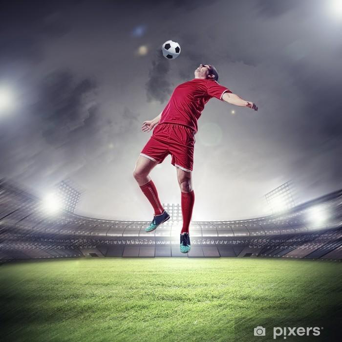 Nálepka Pixerstick Fotbalista udeří do míče - Úspěch
