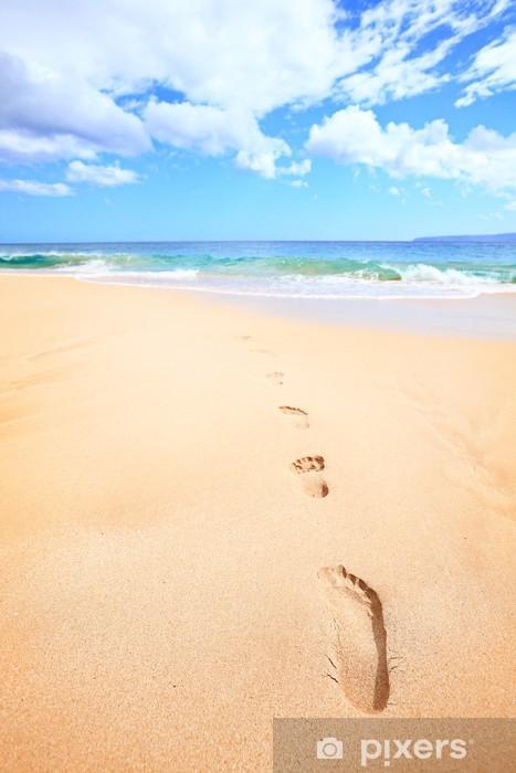 Fotomural Estándar Recorrido de la playa concepto de vacaciones - huellas en la arena - Vacaciones