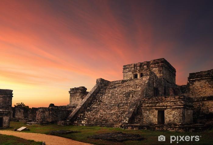 Naklejka Pixerstick Castillo twierdza o zachodzie słońca w starożytnym mieście Majów w Tulum, - Ameryka