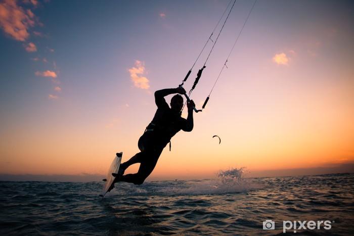 Fototapeta zmywalna Boarding Kite. Kitesurfingu freestyle - Sporty wodne