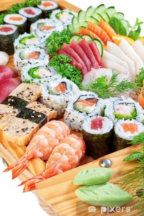 Papier peint vinyle Est délicat caviar de sushi, saumon de près. - Sushi
