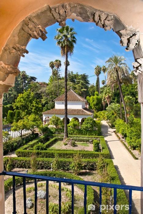 Vinylová fototapeta Skutečné zahrady Alcazar v Seville, Španělsko. - Vinylová fototapeta
