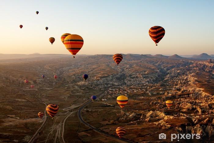 Papier peint vinyle Ballons en Cappadoce, en Turquie -