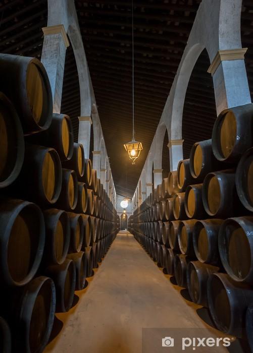 Fototapeta winylowa Bodega Sherry beczkach w Jerez, Hiszpania - Alkohol