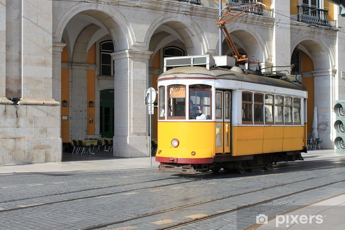 Naklejka Pixerstick Tramwaj w Lizbonie, Portugalia - Miasta europejskie
