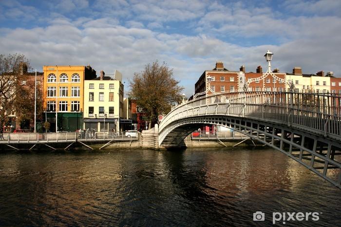 Fotomural Autoadhesivo Puente del medio penique en Dublín - Europa