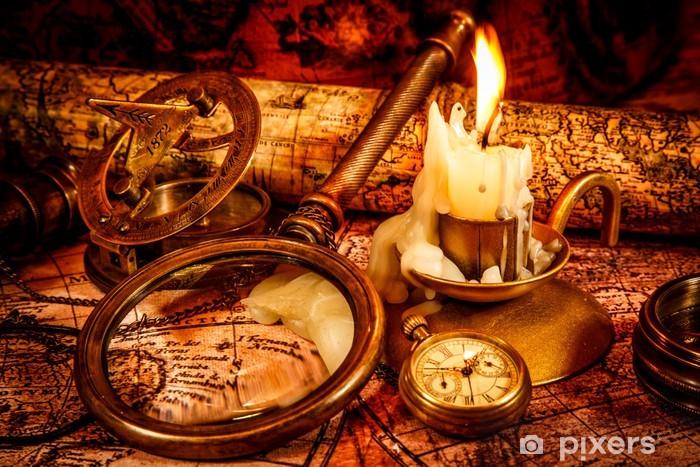 Naklejka Pixerstick Vintage martwa. zabytkowe elementy na mapie starożytnego. - Style