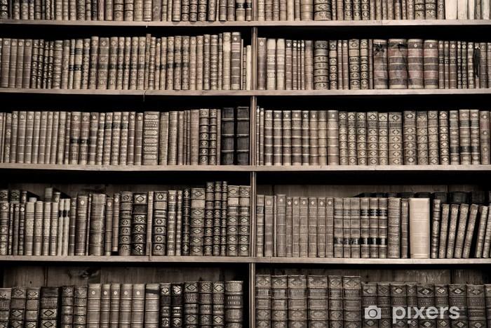 Papier peint vinyle Vieux livres dans une bibliothèque - image sépia - Bibliothèque