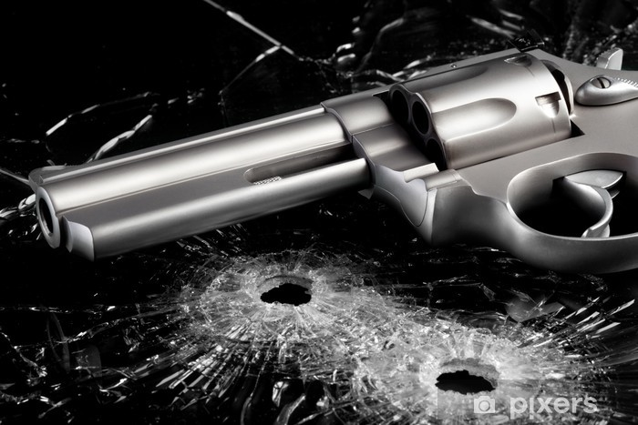 Fototapeta winylowa Gun z dziury po kulach w szybie - Życie