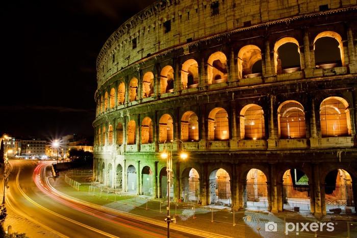 Fototapeta winylowa Koloseum w nocy, Rzym, Włochy - Przeznaczenia