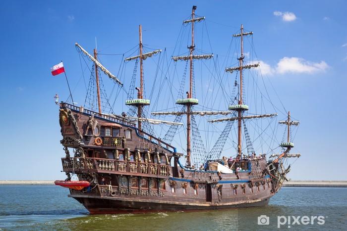 Fototapete Piraten Galeone Schiff Auf Dem Wasser Von Ostsee In