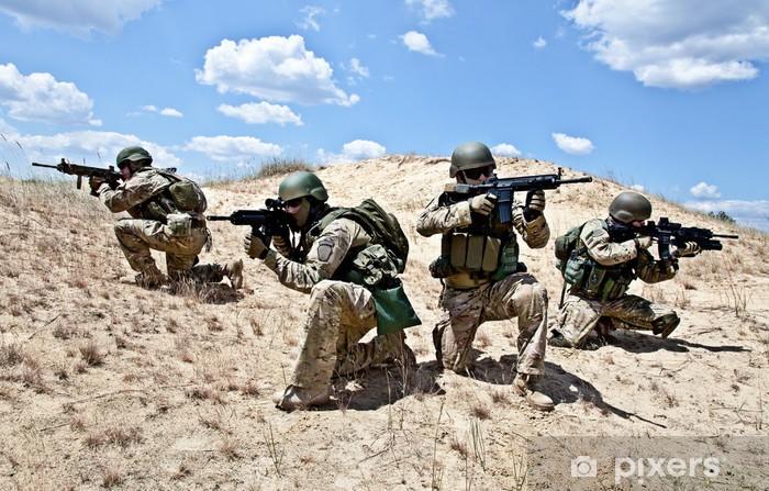Naklejka Pixerstick Operacja wojskowa - Militaria