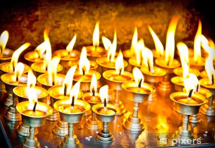 Vinilo Pixerstick Velas en el templo de Bankok en Nepal - Asia