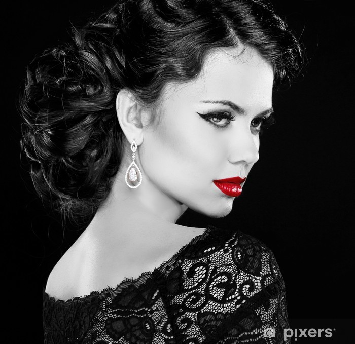 Retro woman. Fashion model girl portrait. Black and white photo. Poster - Fashion