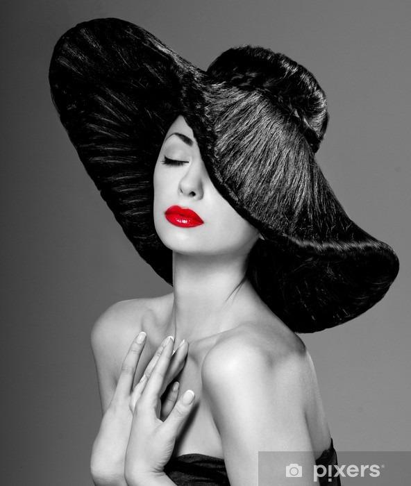 Pixerstick Sticker Prachtige vrouw in een hoed - Mode