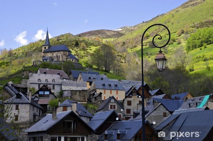 Vinyl-Fototapete Dorf in den Pyrenäen - Urlaub