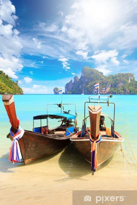 Fototapeta winylowa Łodzi w Phuket Tajlandia - Wyspy
