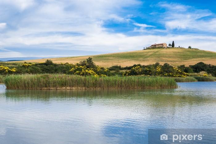 Naklejka Pixerstick Campagna Toscana con lago - Europa