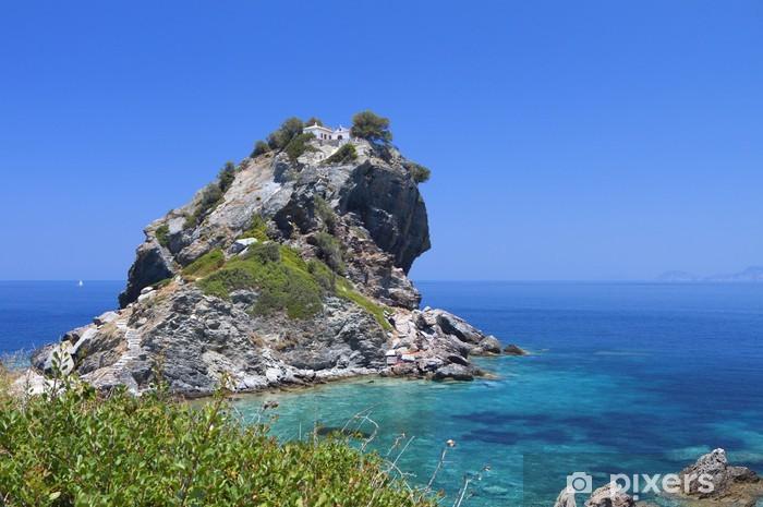 Vinylová fototapeta Agios Ioannis kaple na ostrově Skopelos v Řecku - Vinylová fototapeta