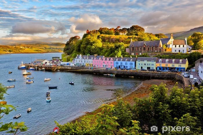 Fototapet av Vinyl Visa på Portree, Isle of Skye, Skottland - Teman