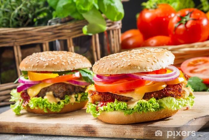 Fotomural Estándar Primer plano de dos hamburguesas caseras - Temas