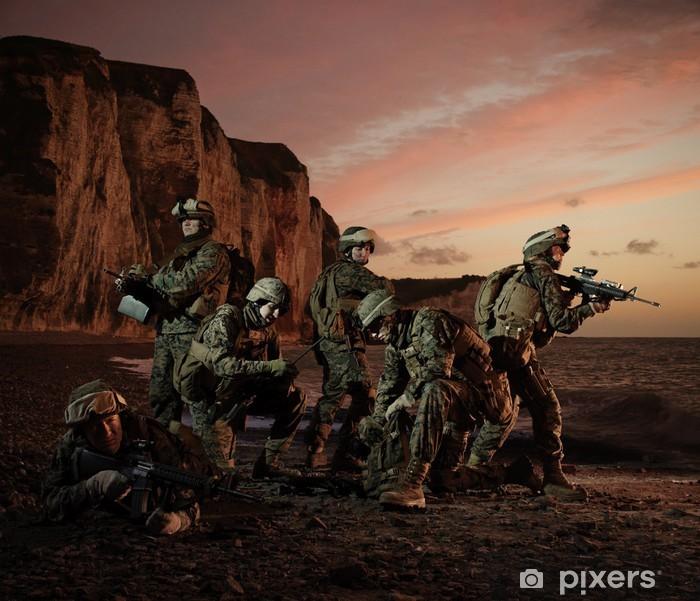 Poster Le débarquement des marines américains en Normandie. Regroupement. - Militaire