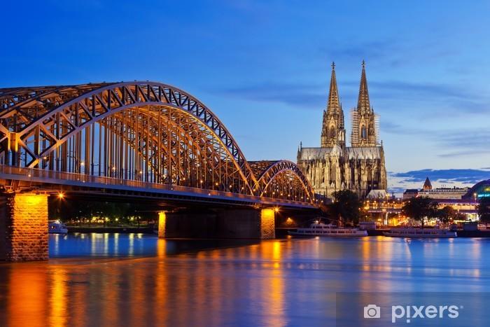 Fotomural Estándar Catedral de Colonia y el puente Hohenzollern - Alemania