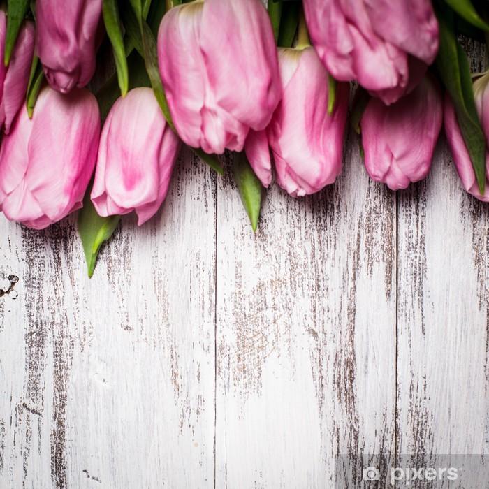 Sticker Pixerstick Tulipes roses sur table en bois - Styles