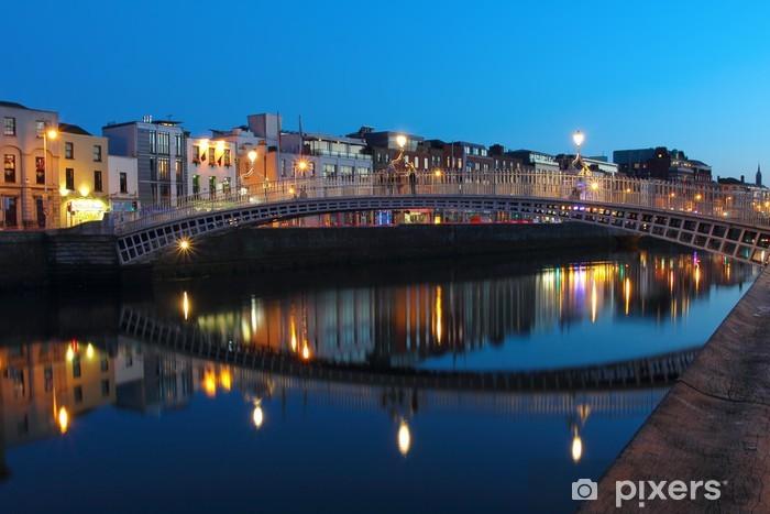 Papier peint vinyle Dublin scène de nuit - Thèmes