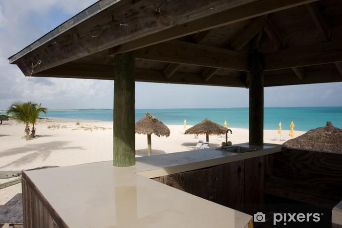 Vinilo Pixerstick Bar de la playa zona de terraza con vistas a la arena y el mar - Agua