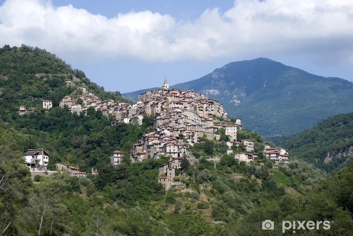 Papier peint vinyle Apricale. Ancien village de la région de Ligurie en Italie - Europe