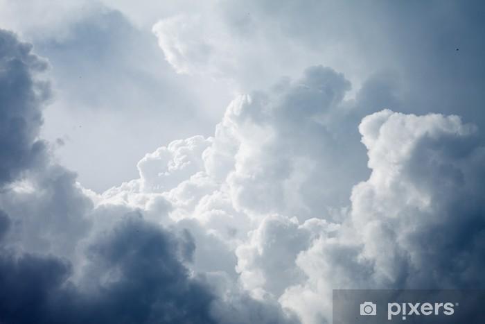 Papier peint vinyle Ciel dramatique avec des nuages orageux - Ciel