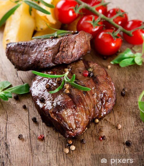 Papier peint vinyle Délicieux steak de boeuf - Thèmes