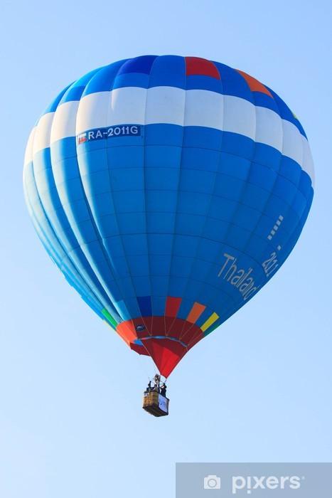 Fototapeta winylowa Balloon Festival i załóg działające gorący gaz w balonie - Sporty na świeżym powietrzu