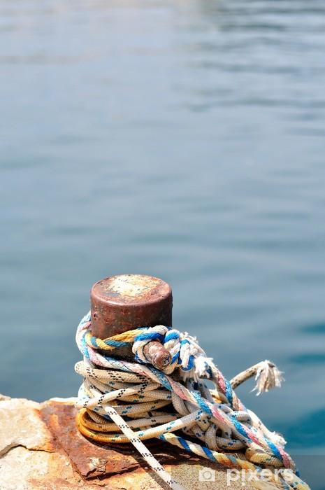 Vinyl-Fototapete Marine-Seil auf Vertäupoller im Hafen von Podgora, Kroatien - Infrastruktur