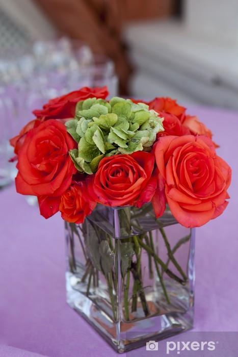 """Papier peint vinyle Rose rouge """"grand"""" dans le vase en verre transparent - Fleurs"""