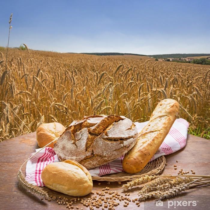 Carta da Parati in Vinile Brot vor einem Sommerlichen Getreidefeld - Pane