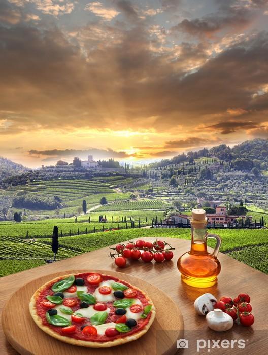 Pixerstick Aufkleber Italienische Pizza in Chianti, Toskana-Landschaft, Italien - Themen