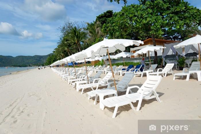 Nálepka Pixerstick Pláž s lehátky a slunečníky - Asie