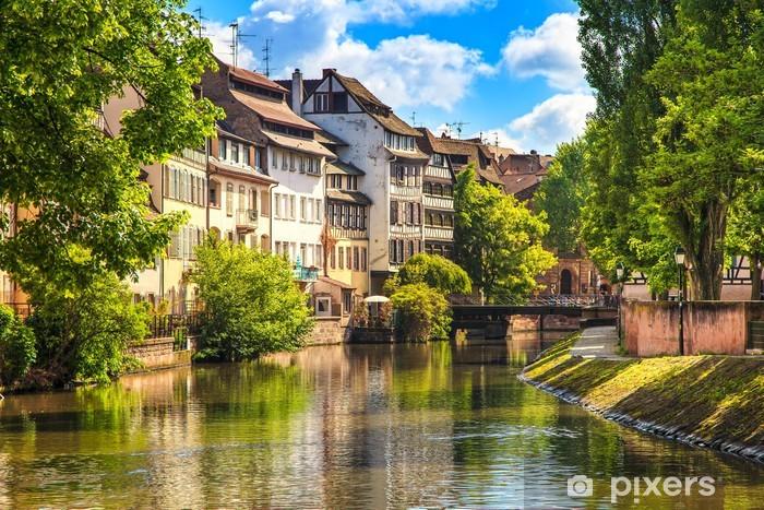 Pixerstick-klistremerke Strasbourg, vannkanal i Petite France, Unesco-området. Alsace. - Europa