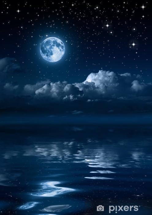 POEMAS SIDERALES ( Sol, Luna, Estrellas, Tierra, Naturaleza, Galaxias...) - Página 25 Klistermaerker-manen-og-skyer-i-natten-pa-havet.jpg