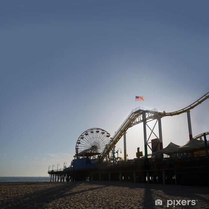 Fototapeta winylowa Molo w Santa Moica Ferris Wheel o zachodzie słońca w Kalifornii - Miasta amerykańskie